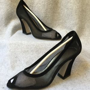 Hahaluo Black Mesh Pump Shoe Rounded Peekaboo Toe